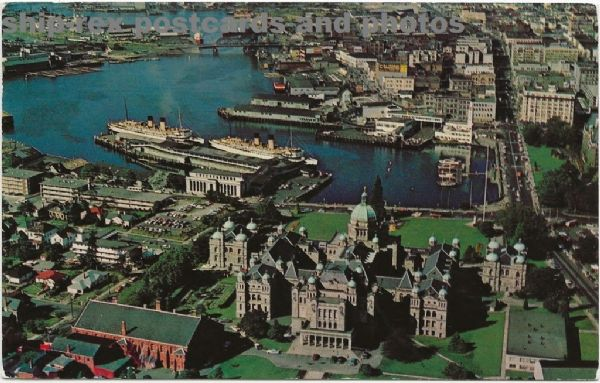 Victoria (British Columbia) harbour, postcard (a)